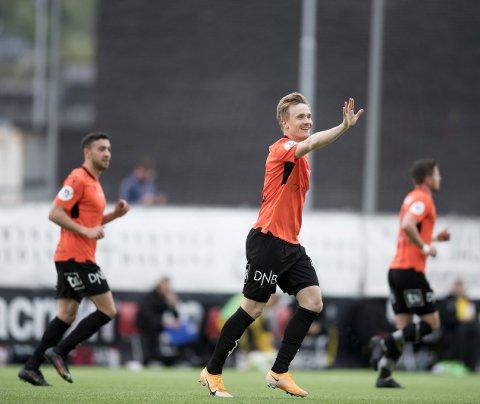Bjarte Haugsdal (31) sikret ett poeng for Åsane hjemme mot Ull/Kisa. Åsane slet i starten av begge omgangene, men tok seg kraftig sammen mot slutten av kampen.