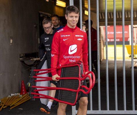 Starten på Brann-karrieren har vært alt annet enn hva Mathias Rasmussen (23) hadde sett for seg. Nå ser han derimot lyst på fortsettelsen.