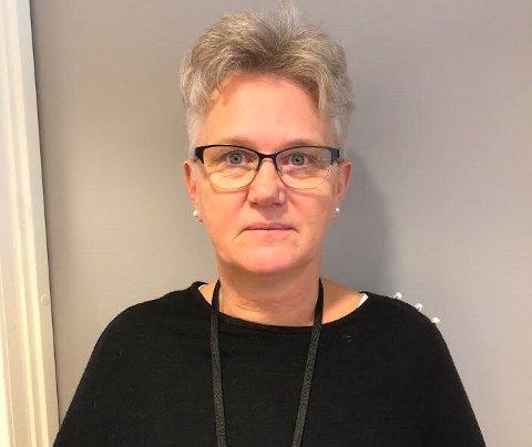 UTSETJING: Fungerande ordførar Tove Elise Madland (Ap) i Vindafjord vil utsetja politikarane sin behandling av framtida for seks av ni Vindafjordskular. Og alt tyder på at ho får det politiske fleirtalet i formannskapet med seg i dag.
