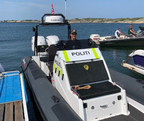 TRAVELT: På tre måneder har politibåten gjennomført 2.725 kontroller denne sommeren, forteller politioverbetjent Kjell Riise.