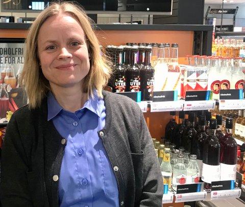 – Vi har bestilt litt ekstra for å demme opp for økt etterspørsel, sier daglig leder i Vinmonopolets utsalg i Gjerstad og Risør.