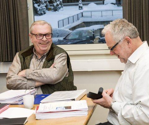 NEDSTEMT: Bård Sverre Fossen (t.v.) fikk ikke støtte av Kjell Tore Finnerud (Ap) og resten av posisjonen.