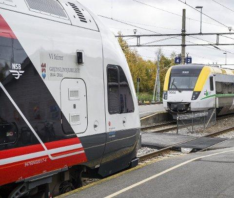 PASSASJERTOG: Ruteopplegget med timesavganger mellom Oslo og Kongsvinger blir uforandret selv om annenhver avgang fortsetter til Karlstad.