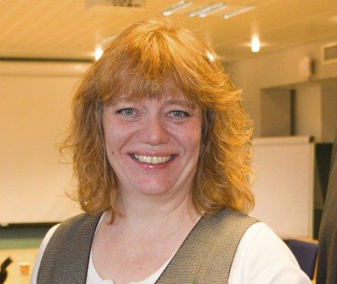 SKEPTISK: Fylkesråd for samferdsel, Anne Karin Torp Adolfsen (Ap). FOTO: PER HÅKON PETTERSEN