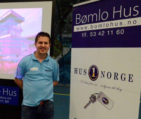 Heim til odda: Stian Johansen får ansvaret får Bømlohus sitt kontor i Odda. Fra HF 26. oktober 2011.
