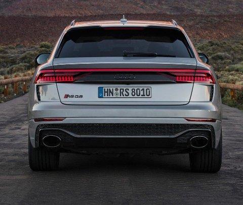 Toppfarten på bilen er i utgangspunktet sperret på 250 km/t – men kan økes til 305.