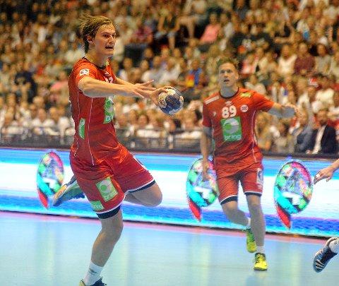KLINKET TIL: Magnus Abelvik Rød fikk cirka 25 minutter på banen og banket inn seks mål.