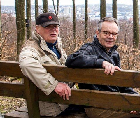 Tror mange vil ha nytt parti: Kjell Ronald Hansen (t.v.) og Finn W. Fjellanger mener en avmaktstemning er i ferd med å bre om seg i Larvik etter Grandkvartalet-vedtaket før jul.