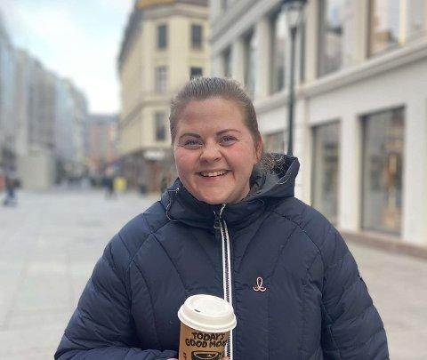 NY HVERDAG: Selv om det har tatt tid, smiler nå livet igjen for Marte Lund.