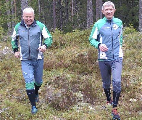 GODE: I Flannumsmarka, Per Ove Transeth (t.h.) vant veteranklassen i løpet. Kjell Svanberg ble nr. 9.