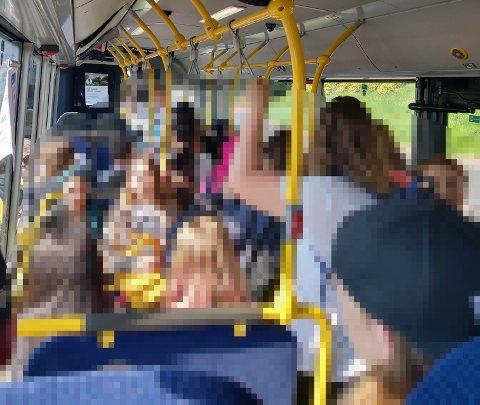 STINN BRAKKE: SA får mange henvendelser om overfylte busser hvor det er umulig å overholde smittevernbestemmelsene.