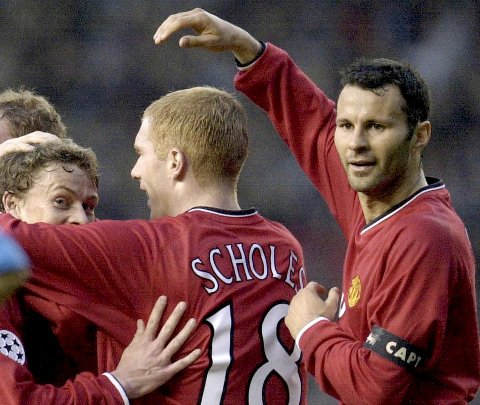 De to tiddligere Manchester United-stjernene Ryan Giggs (t.h.) og Paul Scholes er blant eierne i National League-klubben Salford.