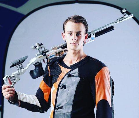 NY SJEF: Henrik Larsen er medaljekandidat i OL i Tokyo til sommeren, men fra høsten av prioriterer han å være skyttertrener på NTG Kongsvinger.