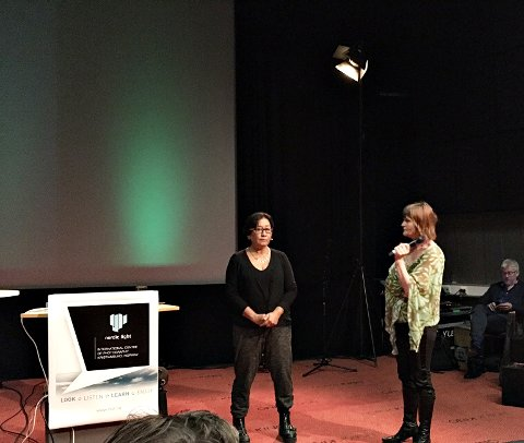Carmen Barrantes i samtale med tidligere Nordic Light-leder Anne Lise Flavik.