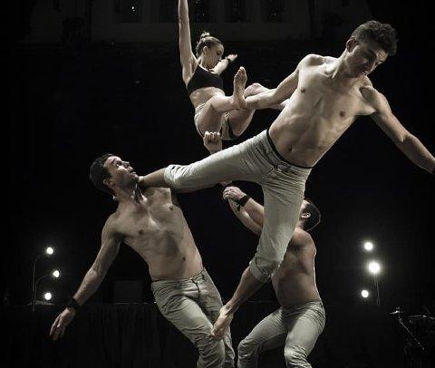 HELT RÅTT: Sju akrobater som pusher fysiske grenser: Nøtterøy kulturhus inviterer til jubileumsfest med en forestilling som blir beskrevet som rå og delikat på samme tid.