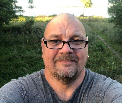 DOBBELT: Roger Emanuelsson har fått vaksine både i Norge og i Sverige, og har med det fått dobbelt opp.