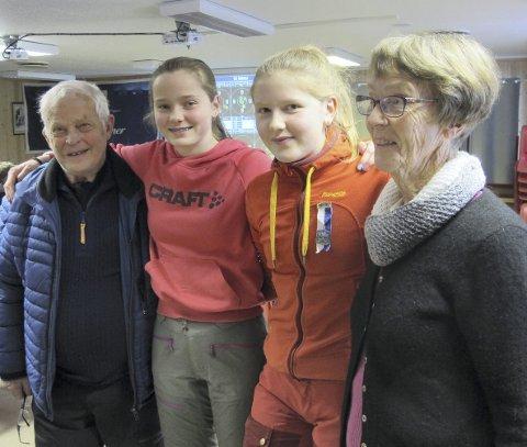 Stiller opp: Fra v. morfar Reidar Sandnes (82) og hans barnebarn Heidi-Sofie Sandnes Rynning, Røros sammen med Kristine Frostvoll Kuraas, Røros med mormor Inger Marie Frostvoll.