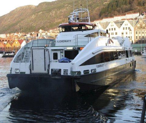HURTIGBÅT: MS «Fjordkatt» går til Nordhordland.