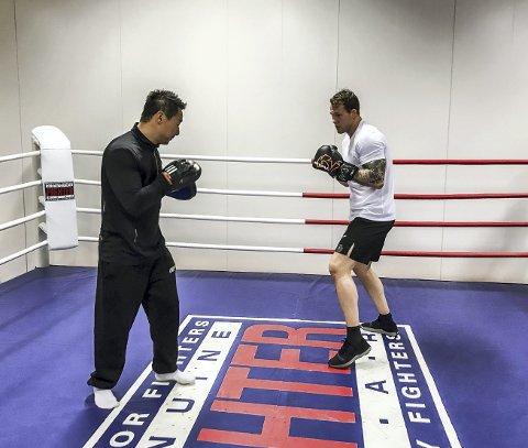 ENDRING: Marthin Hamlet og trener Andreas «Andy» Dybvad håper på ny motstander 22. september etter at Saku Heikkola ble skadet. foto: Aleksander Limkjær
