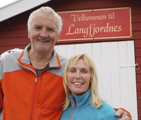 VELKOMMEN: Altmuligmann Tore Wæraas og festivalsjef Bente Aust ønsker på nytt velkommen til Langfjordnes-Dagan.