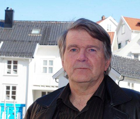 UENIG: Kragerø menighetsråd, her ved leder Olav Drevland er ikke enig med den nye prosten Trond Engnes om vigsel av likekjønnede. -Men det skal ikke skape konflikt, mener Drevland.