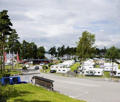 Interessen for campingferie er skyhøy, viser nye tall. Bransjeaktører tror 2018 kan bli en rekord-sommer. Bildet er fra Omlidstranda i Brunlanes.