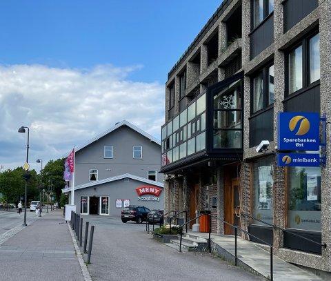 NYE TILBUD KOMMER: Jokerbutikk som holder åpent syv dager i uka er planlagt å komme inn etter Meny i sentrum.