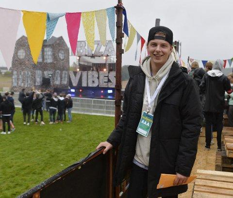 SJEFEN: Mats Nerland er superfornøyd med lokalitetene og årets uttrykk på festivalen. Han konstaterer at det er stille før stormen.