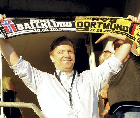 STORKOSTE SEG: Odd-sjef Einar Håndlykken var bare blid i går.