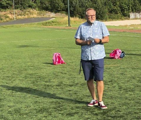 Rektor: Raine Alvestad er konstituert rektor ved Vegårshei skule. Nå skal han ansette en lærer i en vikarstilling. Arkivfoto