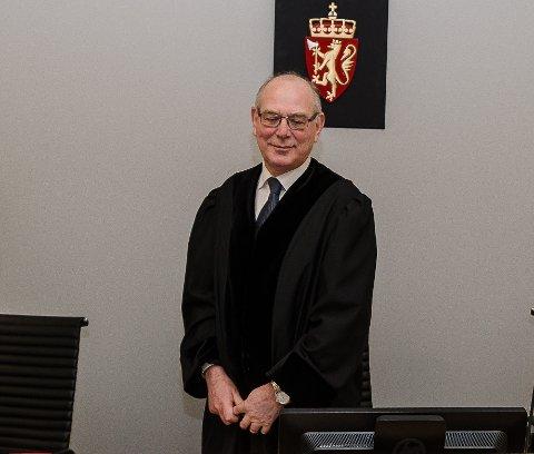 ØKTE: Vanligvis gir dommere som sorenskriver Dag Carlstedt rabatt når folk tilstår i retten, men de har også mulighet til å øke boten med inntil 20 prosent hvis den ikke vedtas.