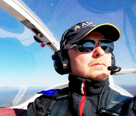 GRÜNDER I FARTA: Ståle Lien, Lesja, er en erfaren pilot som i dag har en ordre på levering av ti skolefly.