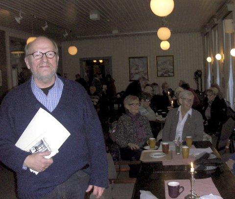 Fortalte: Hans Pedersen holdt et interessant foredrag om Mosjøens kafeliv gjennom flere århundre.