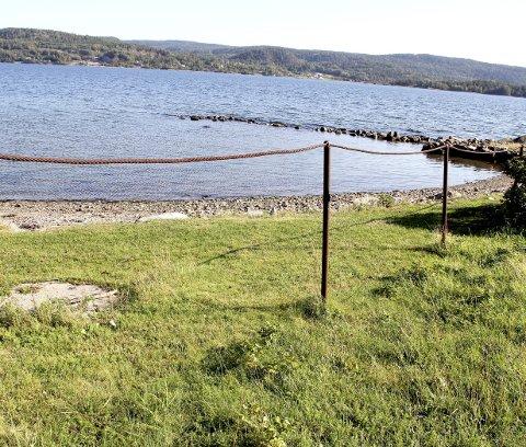Gjerdet: Slik ser det fortsatt ut på det aktuelle stedet på Smørstein. Foto: Lars Ivar Hordnes