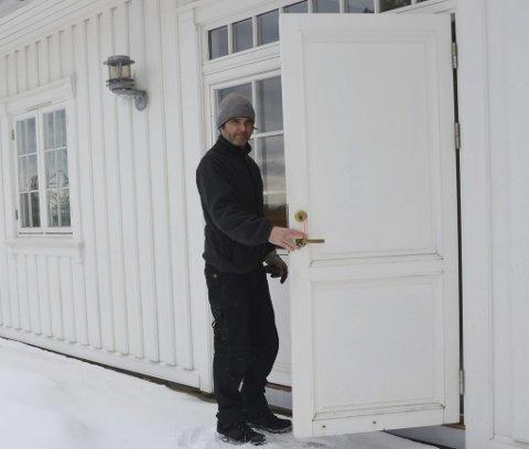Dan Jurgens og hans mannskaper har oppsyn med mange hytter på Kragerø Resort.