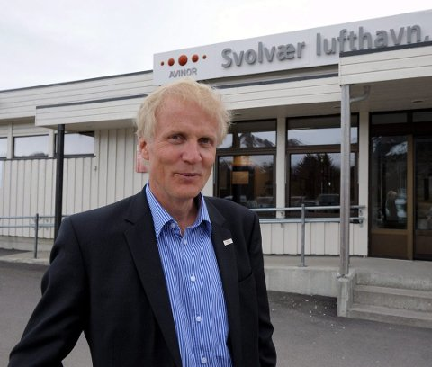 SVOLVÆR: Ingen i tårnet i Svolvær vil følge med til Bodø, men det respekterer jeg, sier adm.dir. Dag Falk-Petersen i Avinor.