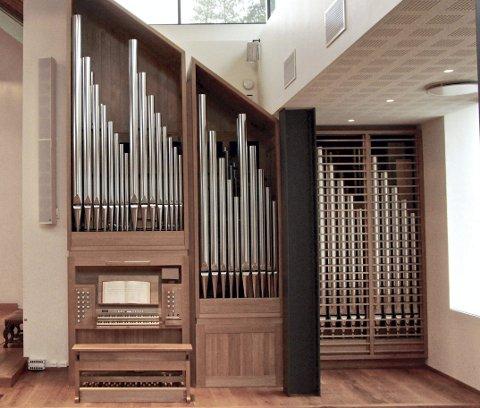 ORGELET I NORDSTRAND KIRKE: Det er et vakkert instrument som nå pryder Nordstrand kirke og som innvies søndag. Foto: Petter Mohn