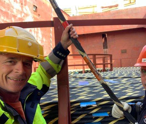 TYNN KABEL: Det er ikke tykke kabelen Rune Skow og hans stab legger inn til Larvik. Men kapasiteten på kabelen er enorm.