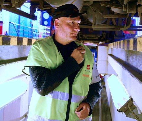 Stoppet vogntoget: Bjørn Uno Rogneby stanset vogntoget under en kontroll på Jessheim kontrollstasjon.Foto: Vidar Sandnes