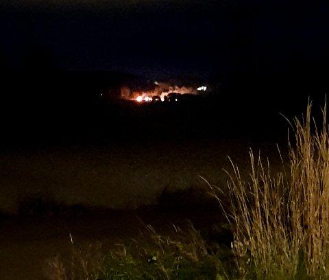 Brannen sett fra Skiptvet-siden av Glomma.