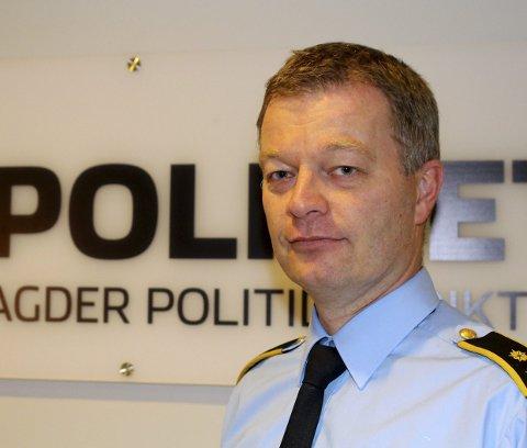 Visepolitimester Arne Sundvoll: Mener Tvedestrands polititilbud vil styrkes på sikt, selv om mesteparten av staben om kort tid overflyttes til Risør. Foto: Politiet