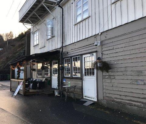 Tyveri på pub: Fredag ettermiddag mistet en kvinne viktige eiendeler da vesken hennes forsvant på et pub-besøk.