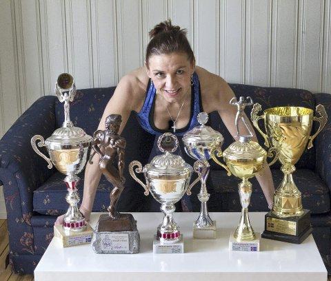 Jona Lovisa Jonsdottir er blant annet islandsk mester i kroppsbygging. Foto: Ole-Johnny Myhrvold/Glåmdalen