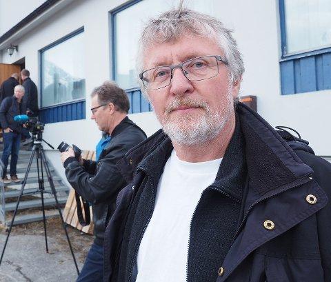 VIKTIG: Støa ved Hestnessjøen ble utvidet for 17 år siden. Nå har John Gunnar Skogvoll og et dugnadsgjeng fra Kjøpsvik pusset den opp.
