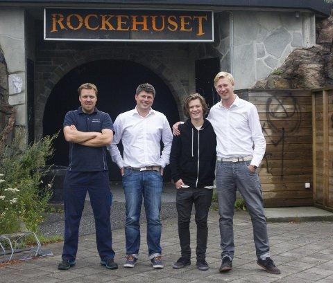 KLARE: Raymond Johansen (fra venstre), Jens-Petter Berget, Kasper Bjerrum og Jørn-Henning Roos er klare for første utgave av «Halden Rock City»-festivalen 15. august. Festivalen er for å fremme Rockehuset og vil inneholde lokale talenter og folk som har tilknytning til Rockehuset.
