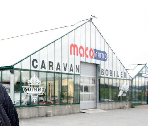 Konkurs: Maco Fritid AS drev med salg av blant annet bobiler fra disse lokalene på Bø på Karmøy.   ¤