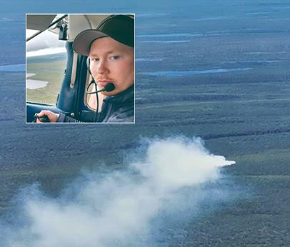 IKKE SETT FØR: Simen André Varsi Johnsen har hatt mange turer med flyet sitt over vidda, men aldri opplevd å se skogbrann før.