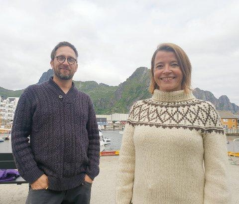 POSITIVE TIL TURISTSKATT: Leder for MDG Nordland, Thomas Johansen, og nestleder i MDG nasjonalt, Kriss Rokkan Iversen, tror en skattelegging av turister vil bidra til å ivareta naturen i større grad.