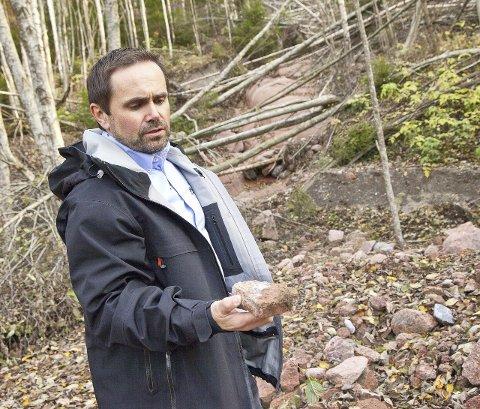 UKJENT: Kommunalsjef Morten Dyrstad, sier de på tross av grundige undersøkelser, ikke har funnet forurensningskilden.