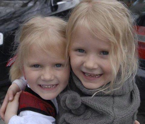 PRIVAT FOTO: Jentene ble ofte forvekslet med hverandre da de var yngre, og nå.